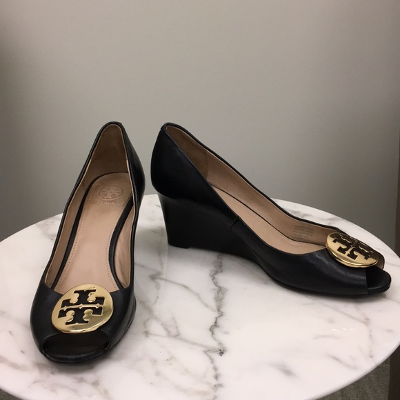 1e6134174 tory burch shoes | chelsea wedge | poshmark